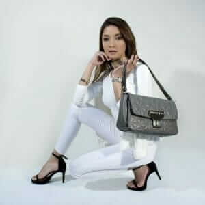 lady with a handbag