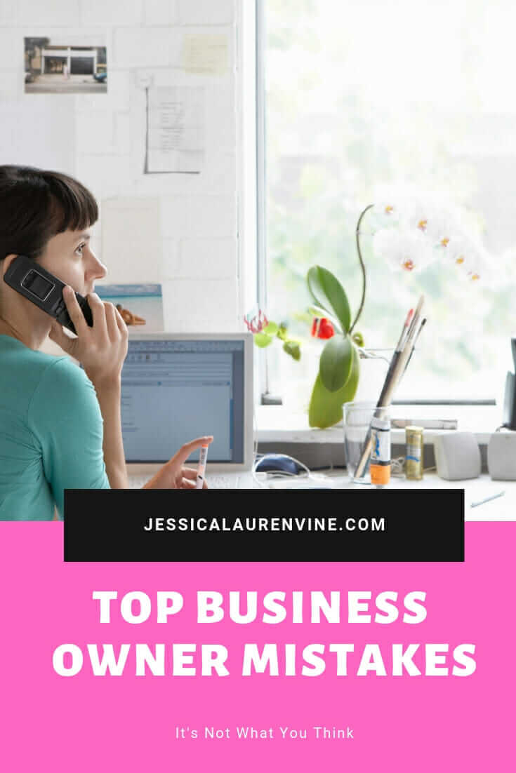 These common mistakes business owners make are enough to sabotage your business. It totally makes sense and totally stinks. You should totally read this blog post to learn what mistakes to avoid. #business #businessmistakes #businesstips