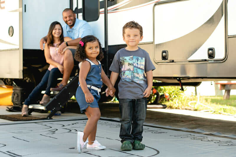 full-time rv family